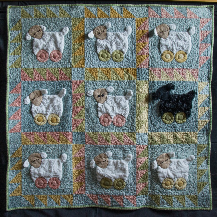 sleepy sheep quilt