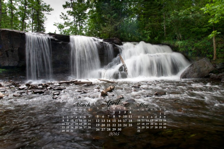 free desktop calendar April 2015_1440x900